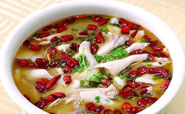 森山老坛酸菜鱼,新派吃法创意美味赢得万千吃货好评