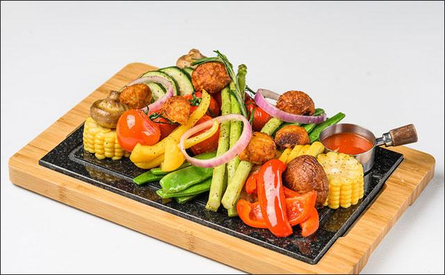 中秋假期餐饮消费市场升温,绿色低碳过节成主流
