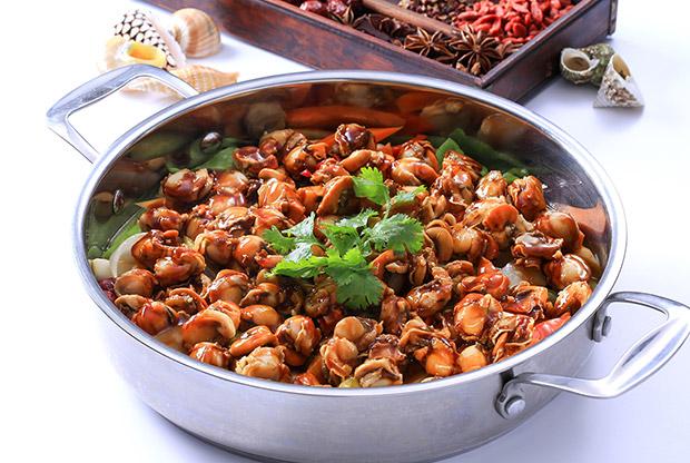 中国餐饮产业收入超4万亿元,人力成本上涨引关注