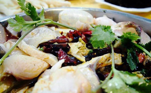 草上飞火锅鱼,鲜嫩无比肥而不腻回味悠长
