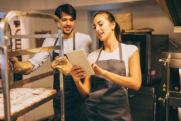 餐饮服务员岗位职责