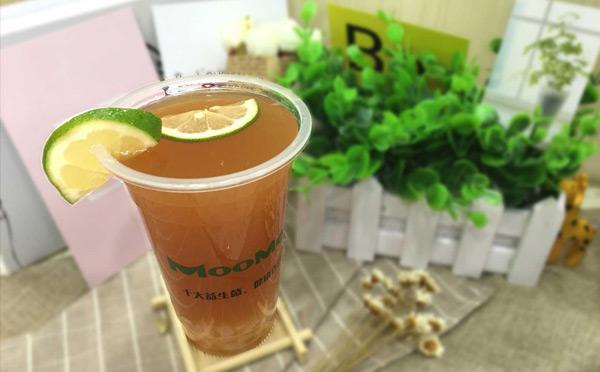 冷饮奶茶加盟店:日收入至少千元以上