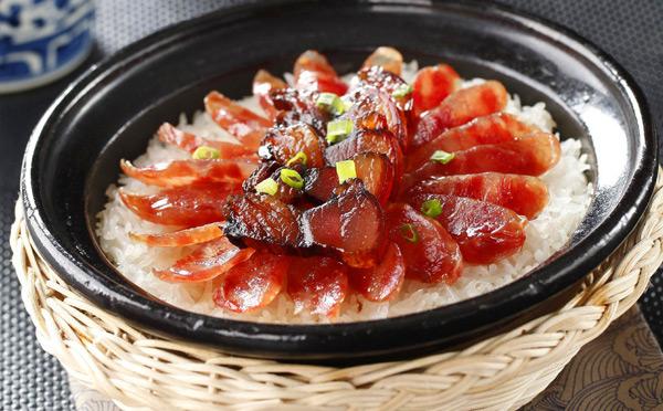 佛山九煲一锅煲仔饭,新鲜食材美味时尚