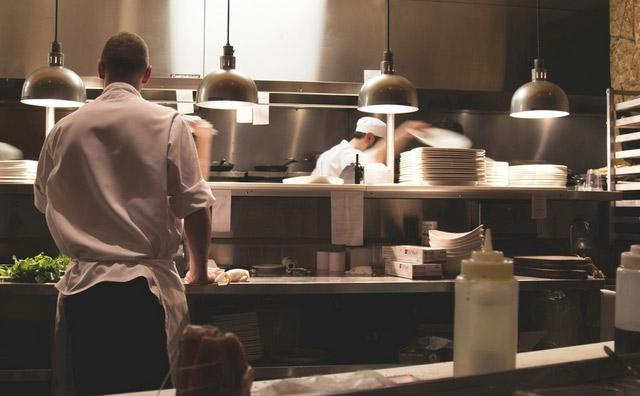 员工难管,餐饮店长你得对症下药