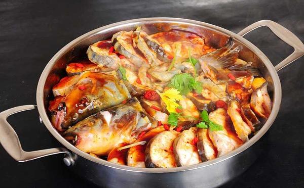 御腾火锅,春夏秋冬四季火锅吃鱼火锅还是得到川渝