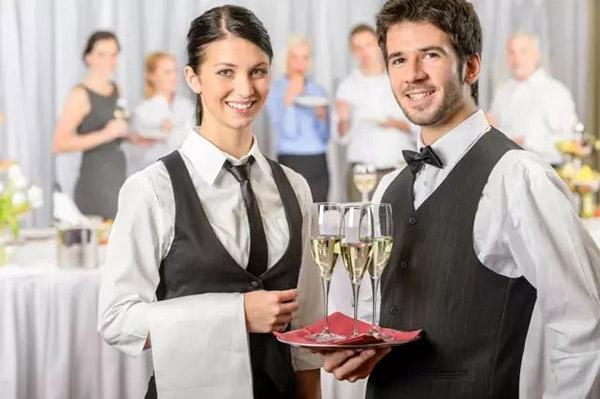 餐饮工作的不容易,哪位顾客能理解