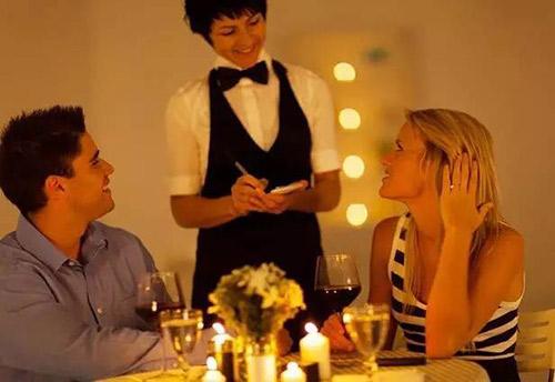 餐厅服务员引座七大技巧及点菜四个注意事项