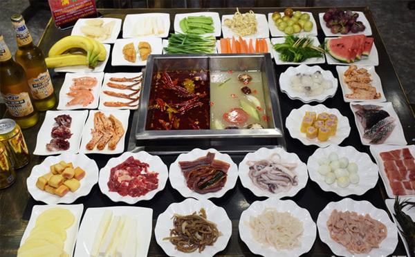 打造符合重环境,重品味的全新自助火锅菜品特色健康营养,风味特有.