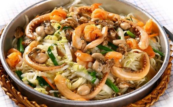 溢家鲜海鲜焖面,全新海鲜焖面营养美味快餐