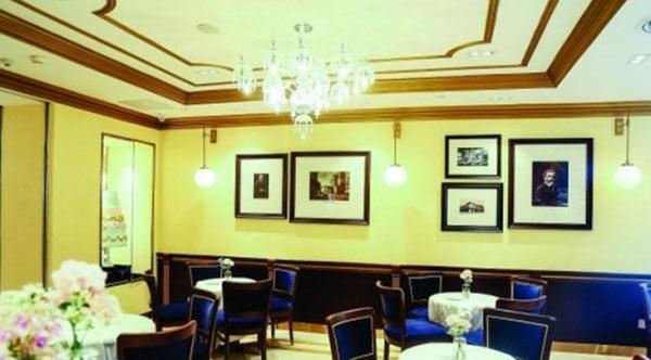 丽柏广场内的百年高端餐饮品牌店COVA
