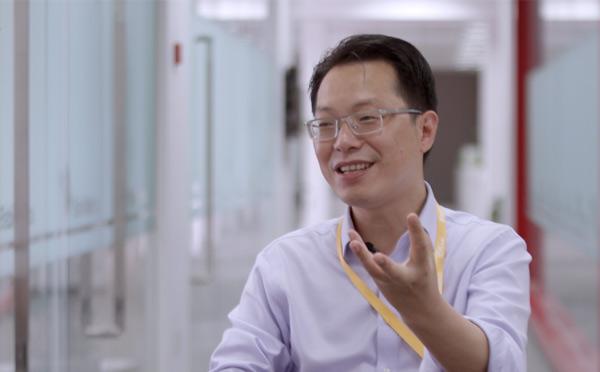 巴比馒头董事长刘会平初中毕业开包子店, 2017年门店数量超过2300家