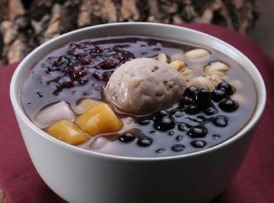 芋贵人芋泥+芋Q金薯+莲子+紫米+珍珠+黑糖