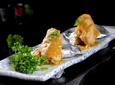 三国炙烤肉黄咖喱鸡翅