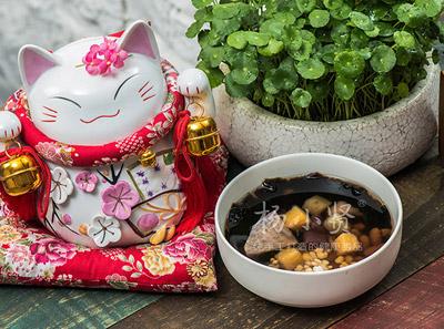杨小贤甜品蜂蜜烧仙草