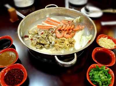 九段香火锅菜品