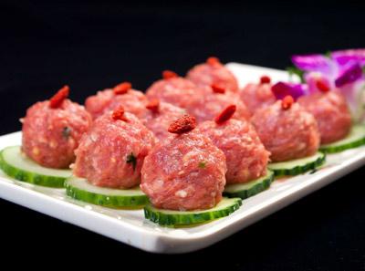 地瓜老火锅香菜牛肉丸子