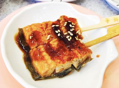 争鲜回转寿司菜品展示