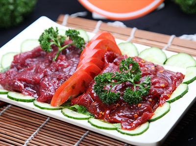 宽板凳老灶火锅巴蜀嫩牛肉