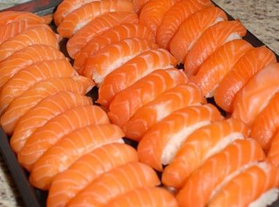 阪尚皇-三文鱼寿司