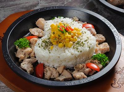 来趣黑椒厨房黑椒鸡肉饭