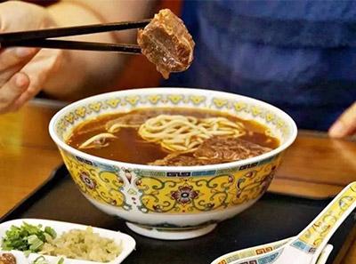 台湾牛爸爸牛肉面加盟菜品