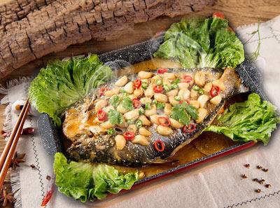 鱼跃在线烤鱼加盟菜品