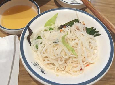 越小品越南汤粉加盟