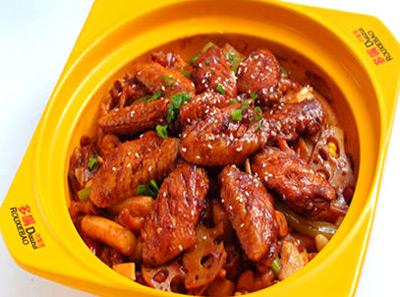 多嘴肉蟹煲加盟鸡翅煲
