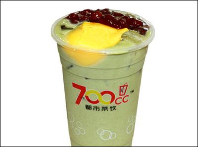 700都市茶饮红豆布丁抹绿