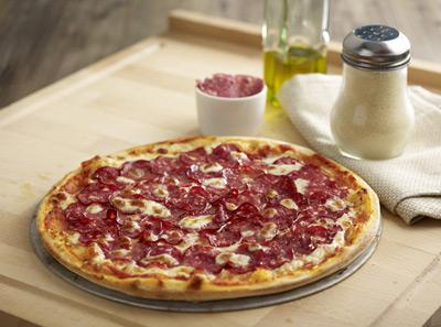 百仕达经典意式腊味香肠披萨
