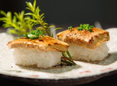 上善本味加盟加盟鹅肝寿司