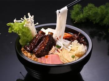小滇锅米线加盟