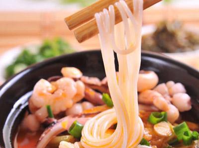 泡椒鱿鱼筷子米线加盟