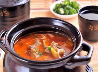 泡椒鸡杂筷子米线加盟