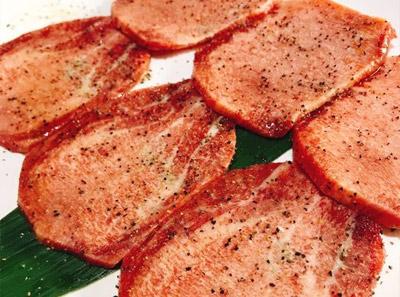 鹤一烤肉主题餐厅加盟品牌