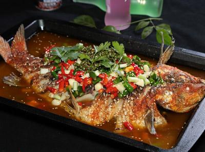 鱼侦炭烤鱼