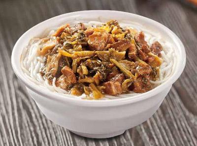 酸菜卤肉米线