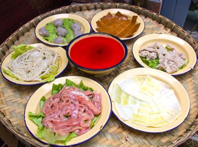 泥巴小院市井火锅加盟菜品