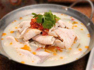 小六汤包锅仔酸菜鱼