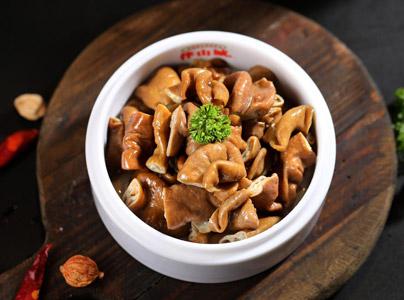 伴山城火锅菜品