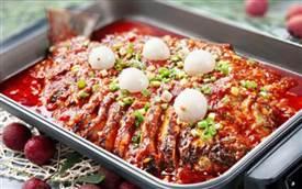 那年青春香锅烤鱼加盟,烤鱼有百味那年青春很对味