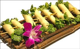 排队2小时都要吃的串串香,华阳串根香到底有什么魅力?