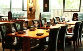 做餐饮管理人员应该具备怎样的个人条件和素质