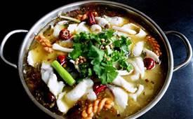 为什么饭店酸菜鱼那么香,大厨教您技巧
