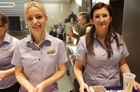 餐饮店新服务员容易犯的五大错