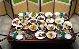 大学附近开韩国料理店好吗