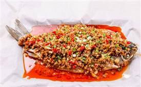 纸包鱼是哪里的特色菜,我们就来了解一下