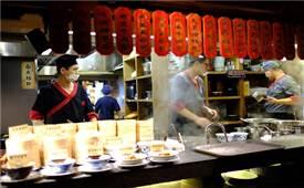 香港大批餐厅受示威影响面临倒闭