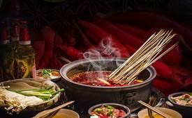 麻辣烫和串串香区别是什么