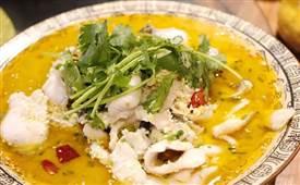 酸菜鱼很多人都做错了,教你正宗做法汤汁浓白鱼片嫩滑